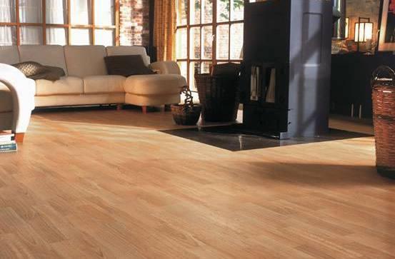 运动木地板翻新过程与使用寿命