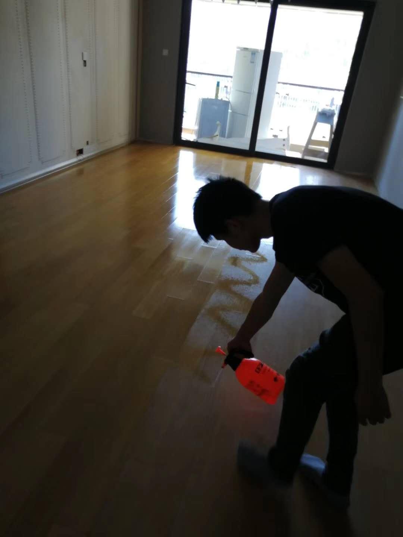 实木地板抛光打蜡案例