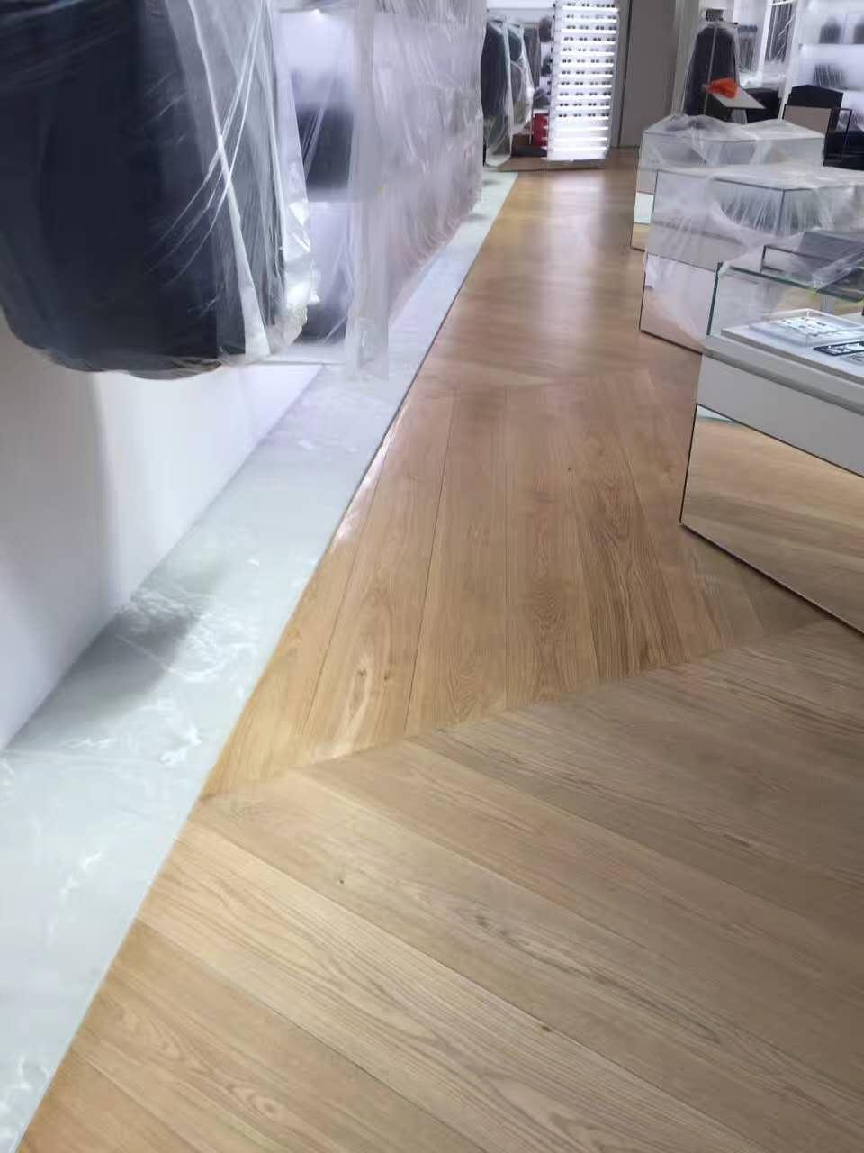 Dior商铺地板打磨翻新