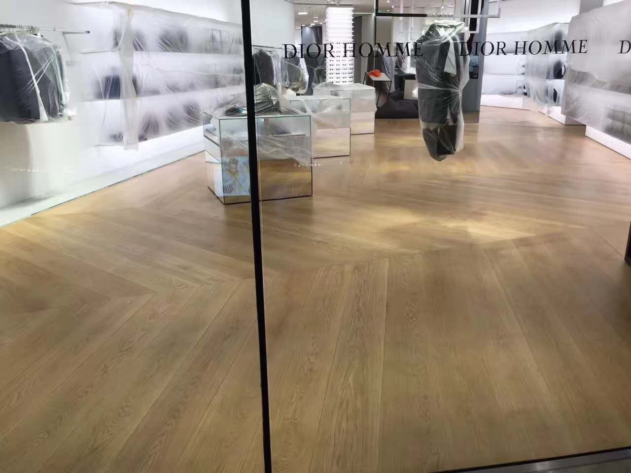 Dior商铺翻新效果图